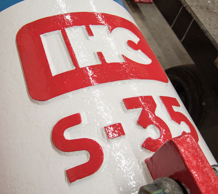 Image of the IHC S35 hydraulic impact hammer